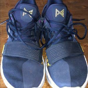 Nike Shoes - Nike Paul George 2.5 basketball shoes